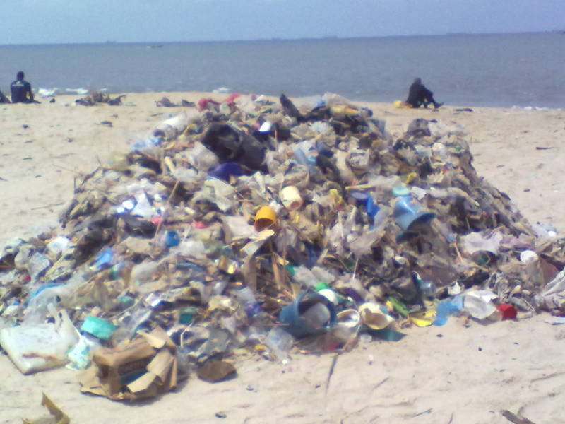 Bar Beach  Clearing up Nigeria's beaches is a community project Beach